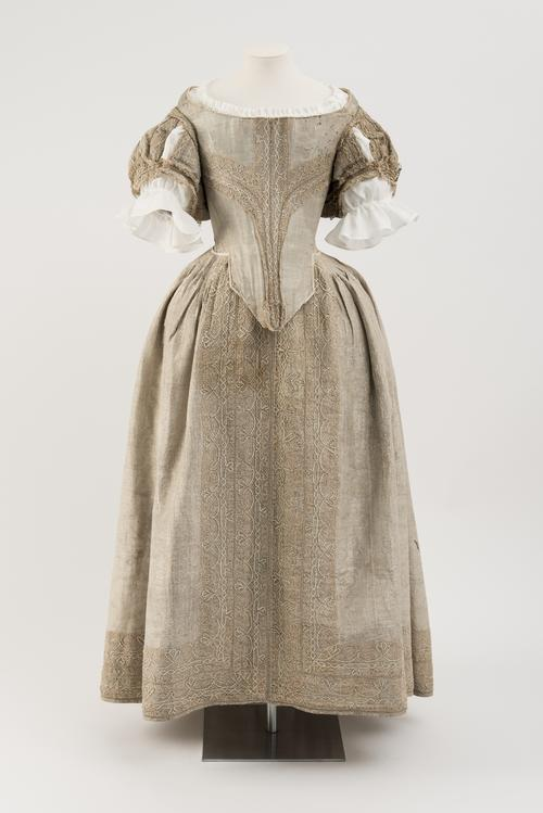 Image: Silver Tissue Dress, 1660