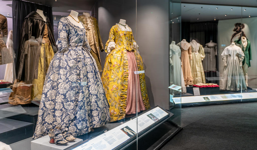 Image: A History of Fashion in 100 Objects display case