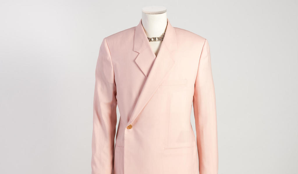 Image: A light pink cashmere twill double-breasted 'Tailleur Oblique' jacket, Dior