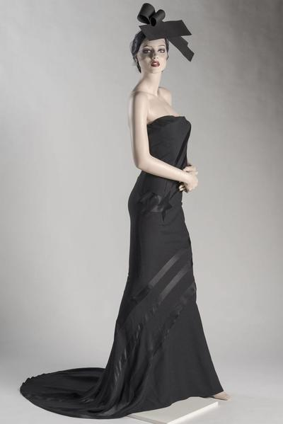 Image: Dress of the Year 1994