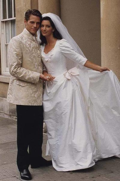 Image: Dress of the Year 1995