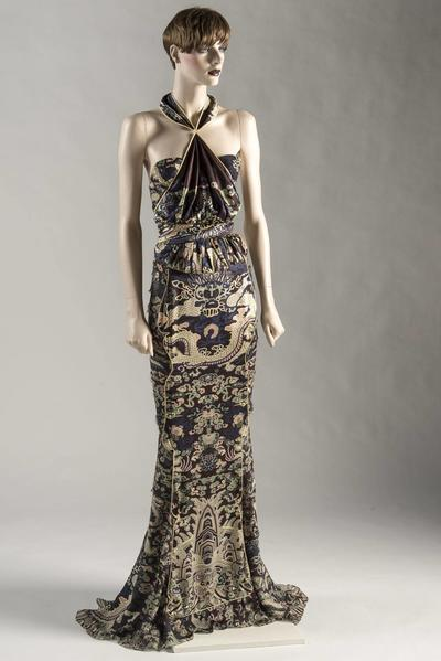 Image: Dress of the Year 2004