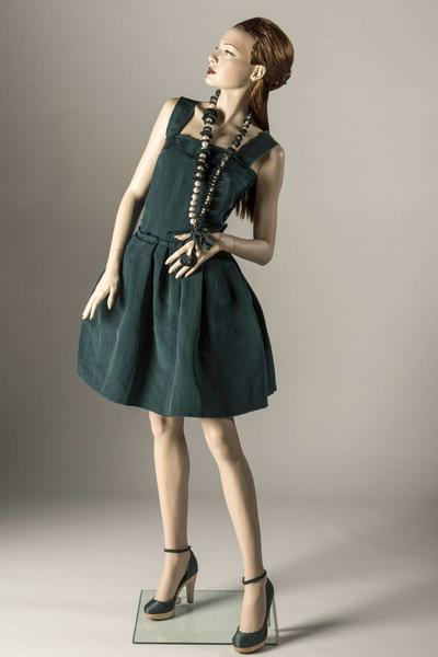 Image: Dress of the Year 2005