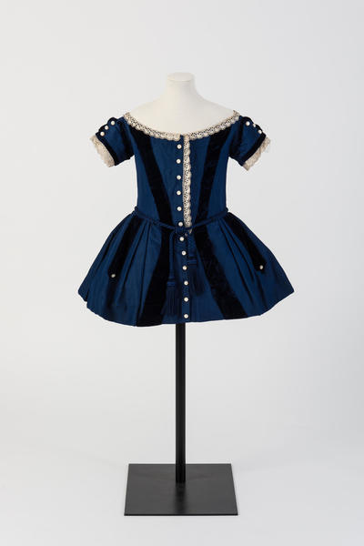 Image: Blue wool and silk boy's frock, 1850s