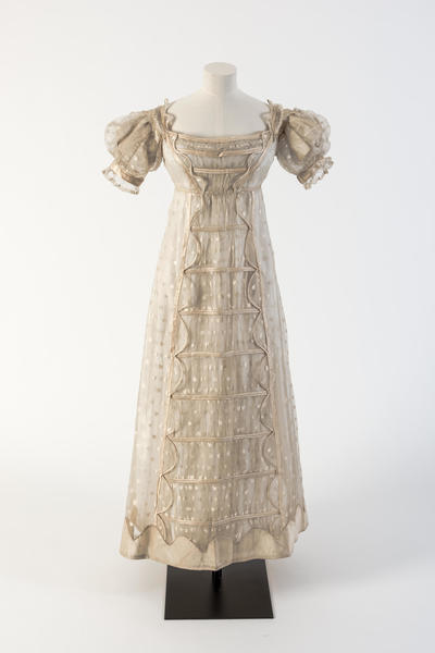 Image: Cream silk gauze Madras lace frock with silk satin detail, 1817