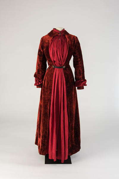 Image: Ruby red silk plush dressing gown, 1880s