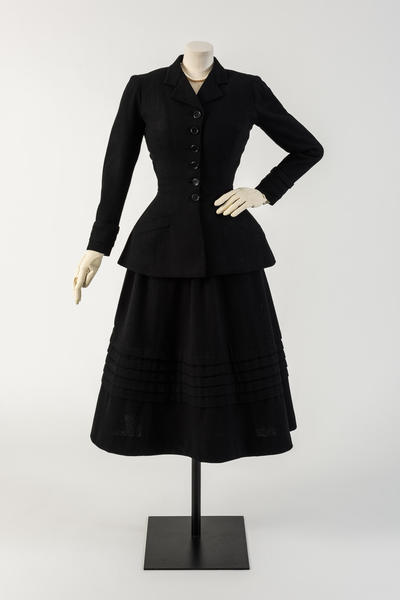 Image: Black wool New Look suit, called 'Daisy'. Christian Dior, worn by Margot Fonteyn, 1947