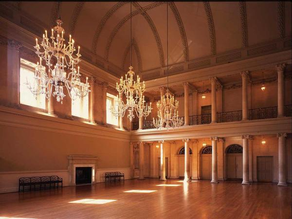 Image: Chandeliers at the Assembly Rooms